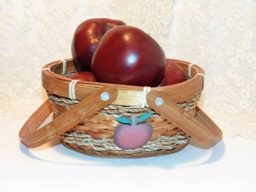 Wood Apples In A Basket, 4 Wooden Apples, Basket w/ Metal Apple Accent, Handles