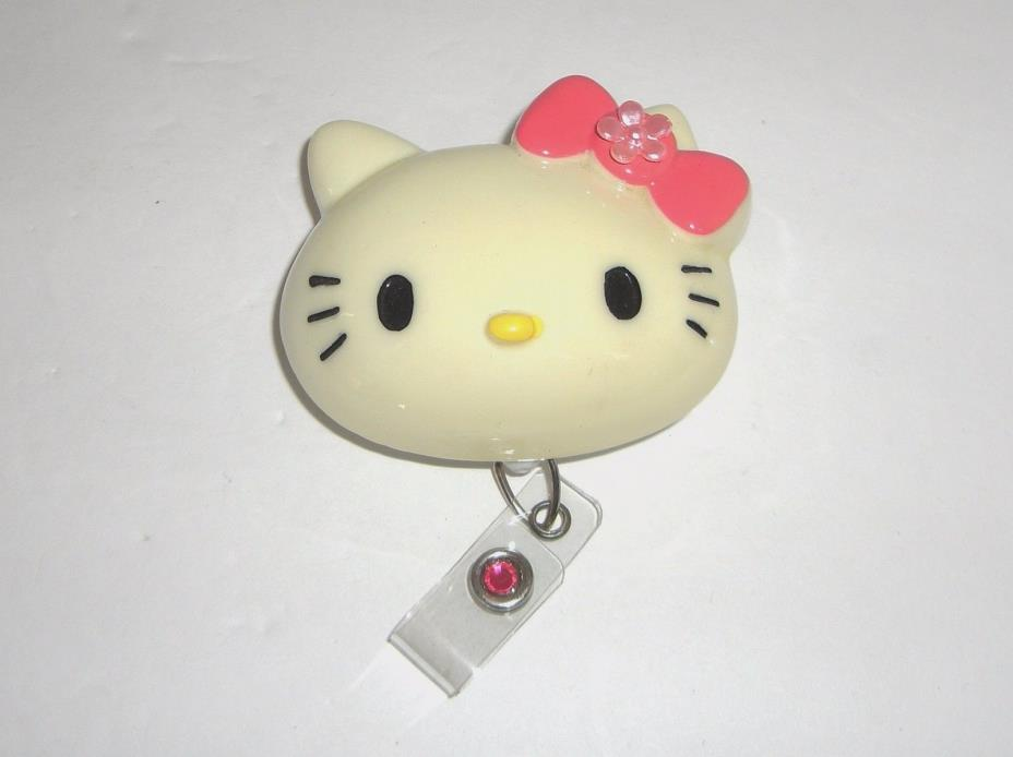 HELLO KITTY CLIP ON RETRACTABLE KEY RING ID HOLDER