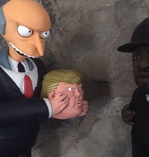 Trump x Mr Burns Sculpture Collectible Alex Solis LE 250 Supreme Designer Kaws