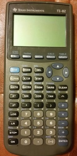 Texas Instruments TI-82 Scientific Graphing Calculator TESTED/Works Great!