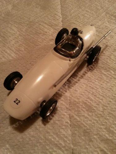 STROMBECKER MASERATI INDY CAR WHITE RARE VINTAGE 1/32 SLOT CAR RUNS FAST