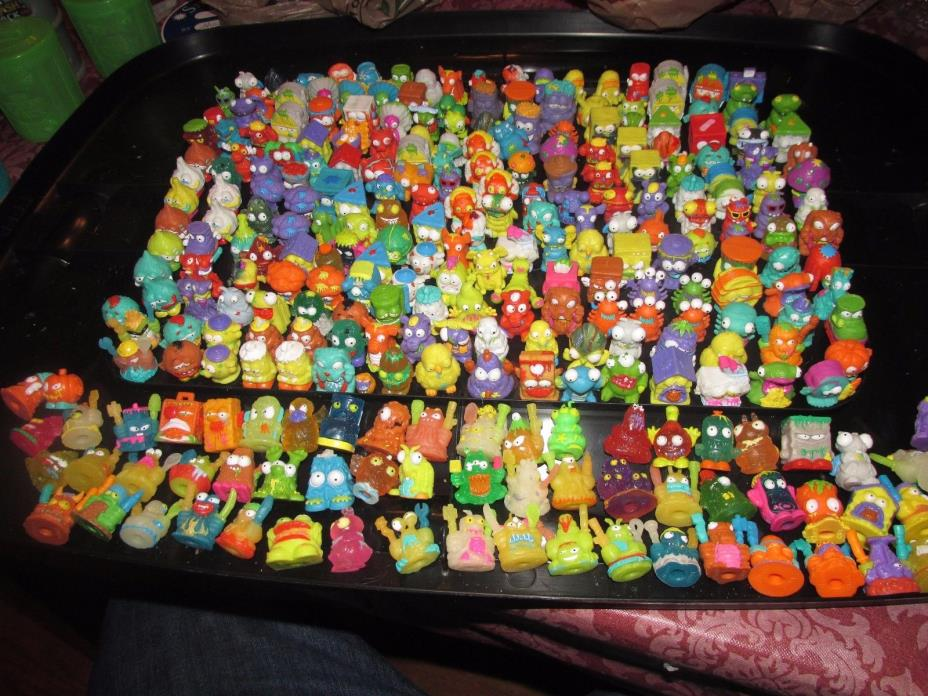 The Trash Pack Lot Of 283 Trashies Garbage + Cans and Cards Moose rare Toy Toys