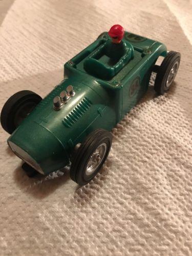 STROMBECKER CUSTOM ROD HOT ROD GREEN VINTAGE 1/32 SLOT CAR RUNS SUPER FAST