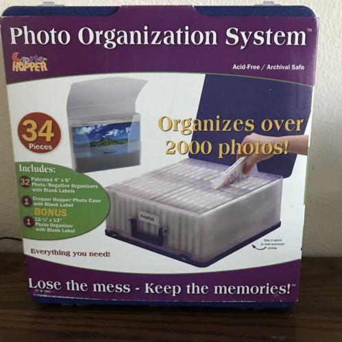 Cropper Hopper Photo Organization System w Storage Folders Holds 2000 New!