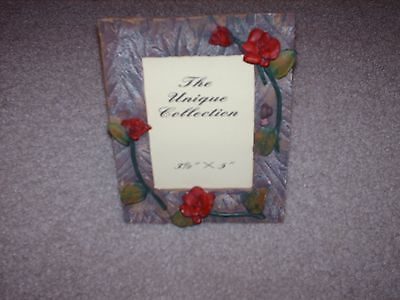 The Unique Collection Picture Frame 3-D Roses 3.5 X 5