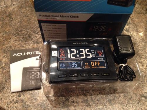 AcuRite 13024 Atomic Dual Alarm Clock with USB Charging Indoor Temperature Date