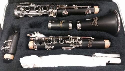 Antigua VOSI CL2220 Clarinet Outfit with Case + Accessories BRAND NEW, UNTOUCHED