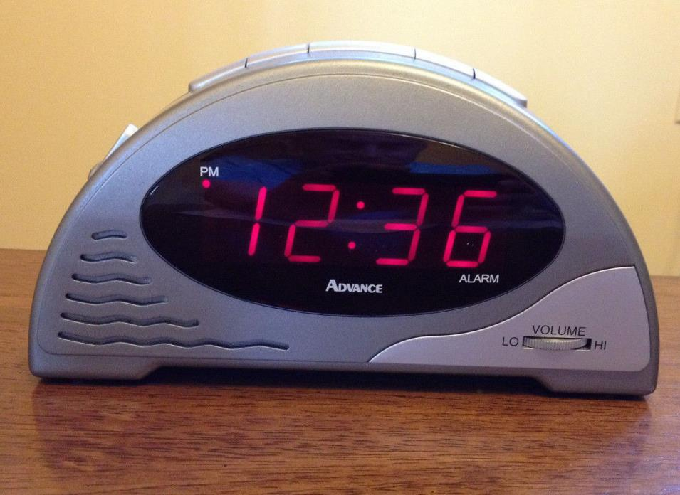 Advance by TIMEX 4056 - 6 Natural Sounds Seagull Ocean + LED Digital Alarm Clock