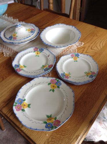 VINTAGE MISC SET OF DISHES BLUE FLOWERS LOT OF 8 PCS EUC