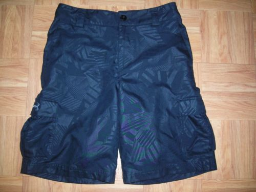 UNDER ARMOUR Youth M  10/12  Boys  Black CARGO SHORTS ~ Poly ~ Adjustable Waist