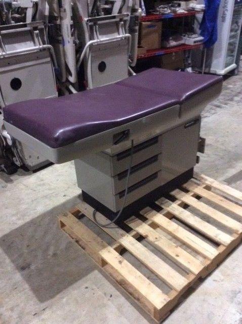 Midmark 404 Exam Table, Purple, Medical, Healthcare, Exam Equipment, Furniture