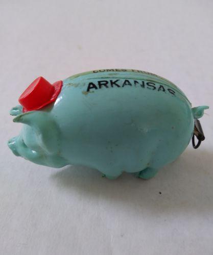 VINTAGE SOUVENIR CELLULOID  PIG TAPE MEASURE  THIS LITTLE PIGGIE Arkansas