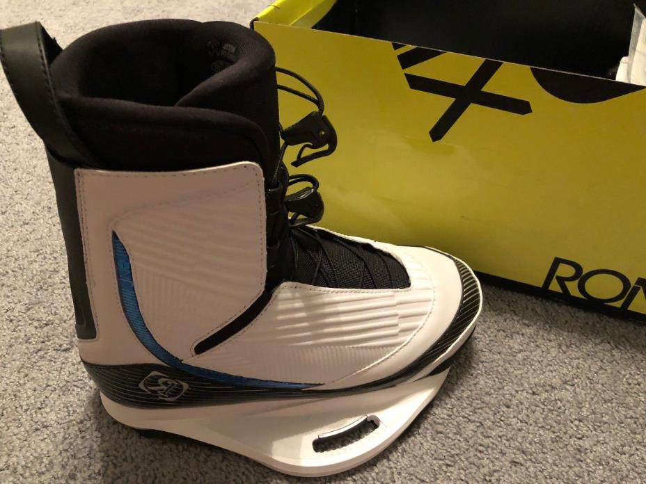 2016 Ronix One Boots Size 10 Throwback white