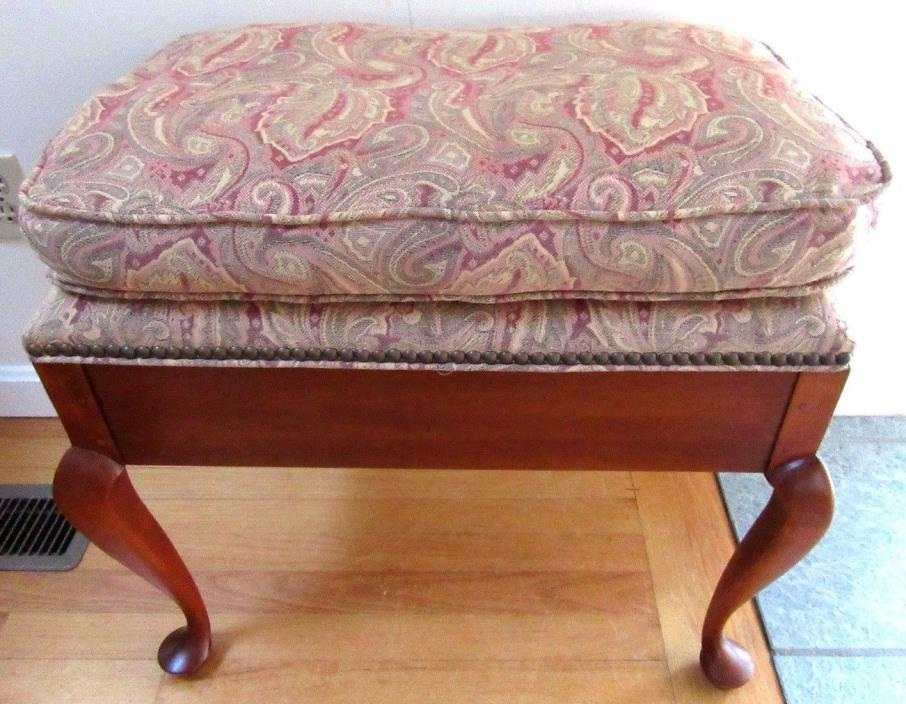 VINTAGE CHERRY WOOD VANITY PIANO STOOL BENCH UPHOLSTERED QUEEN ANNE CABRIOLE LEG