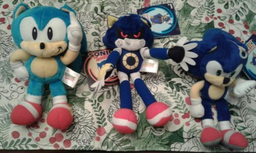 Lot of 3 metal sonic the hedgehog modern + Classic sonic TOMY 8 plush toy rare