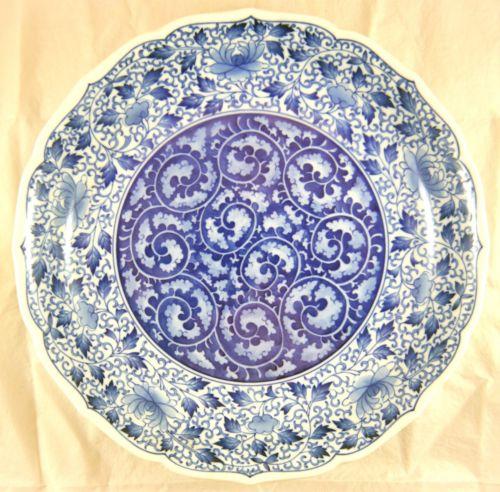 Japanese Arita Blue & White Porcelain Dish. Karakusa, Artist Signed. Meiji 12.5