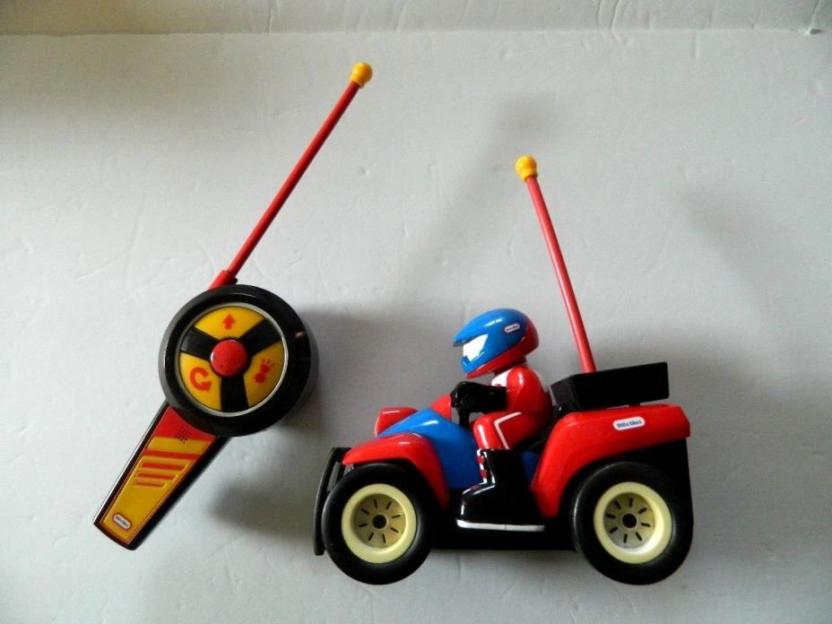 Collectable LITTLE TIKES RADIO CONTROLLED RACER w/Driver & racing sounds