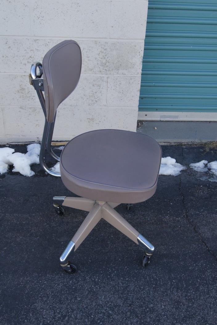 Vintage industrial chair mid century chair drs chair vintage rolling chair