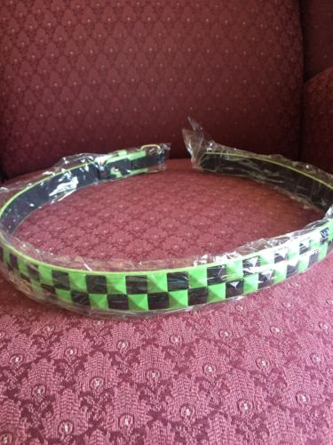 GREEN/BLACK Girls Pyramid Studded Belt Size M 24-26 Inch New