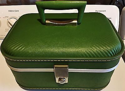 Vintage Forest Green Luggage Makeup/Overnight/Train Case
