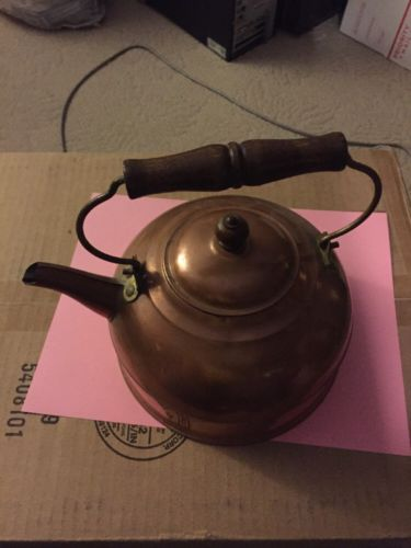 Great Vintage Revere Copper Tea Kettle Teapot Wood Handle Very Collectible