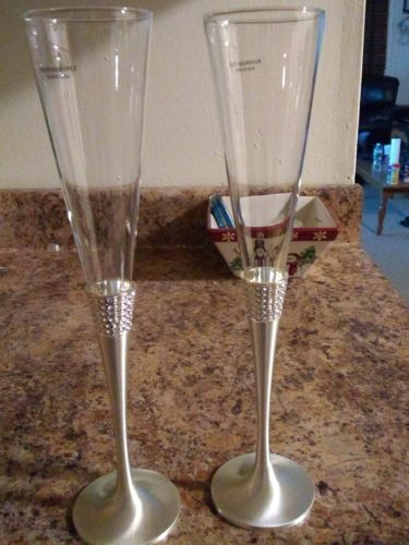 Things Remembered Eternity Wedding Toasting Flutes Swarvoski Elements NEW