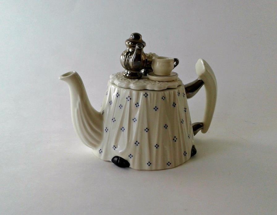 Cardew Design 'TEA TIME' Novelty Miniature Porcelain Teapot, England