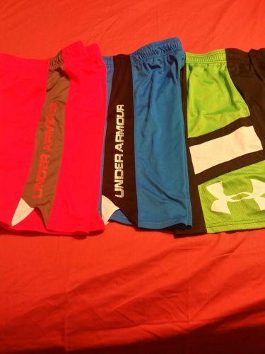 UNDER ARMOUR Loose Boy's Youth Shorts Large 14 16 - 2 New 1 Worn. LOT