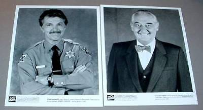 PICKET FENCES (2) TV PHOTOS Tom SKERRITT Fyvush FINKEL