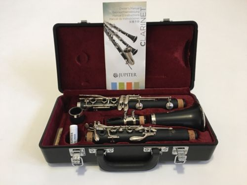 Jupiter Clarinet JCL637N.  Like New. Beautiful Condition.  Used 3 months.