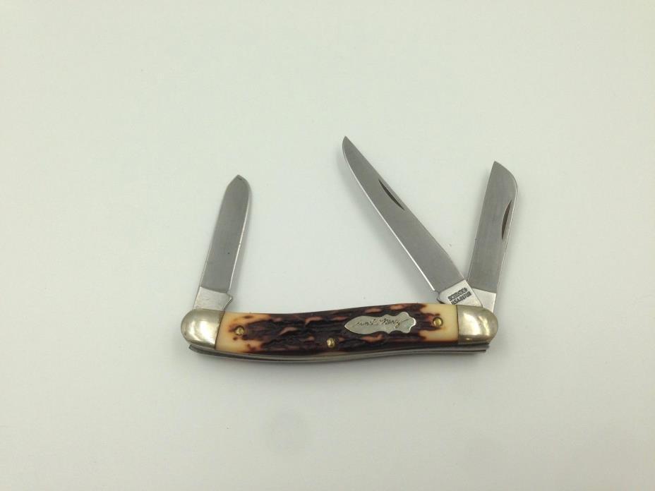 Schrade USA Model 897UH Uncle Henry Folding Knife (#7213)
