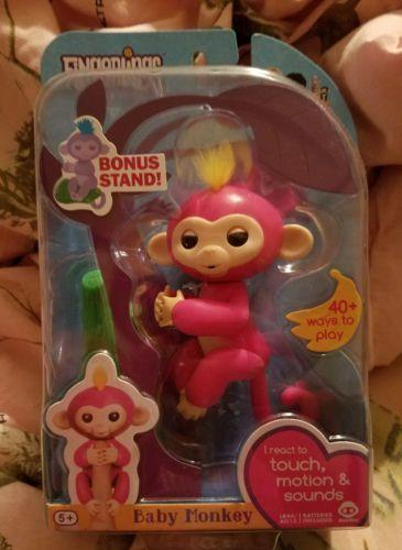 FINGERLINGS Baby Finger Monkey Bella w/Bonus Stand Interactive Toy 2017 BN