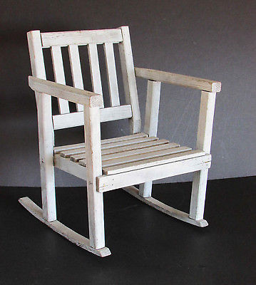 Child's or Display Rocking Chair Vintage Wood Shabby Rustic Style 17.25