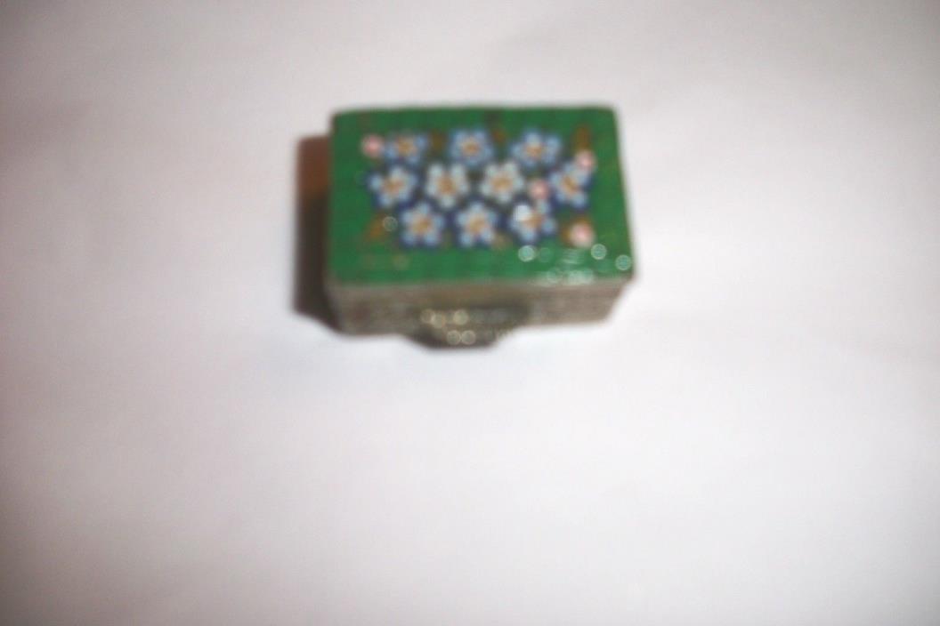 Pill Box, Cloisonne w Green Flowers 1 1/4 x 3/4 x 1/2