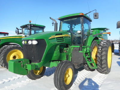 2005 John Deere 7820 Tractors