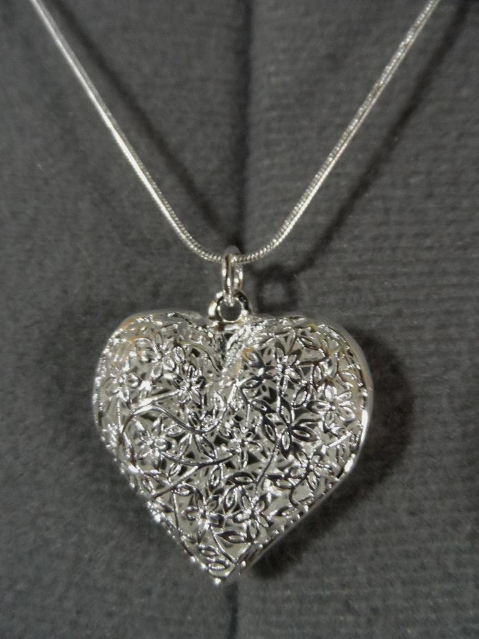 New FILIGREE HEART Charm Pendant & 24