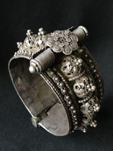 Yemen Antique Badihi Silver Rosette & Dome Filigree Bracelet - c.1900's