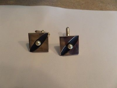 Vintage Swank Faux Pearl Black and Gold Tone Cufflinks M1