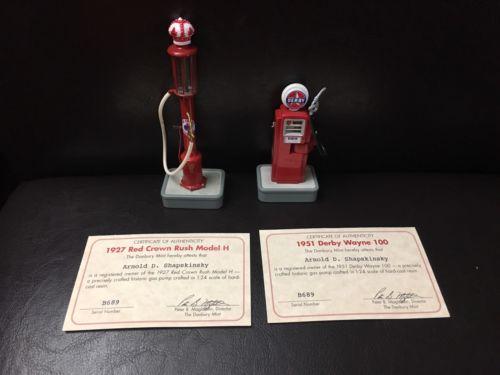 Dandury Mint 1951 Derby Wayne 100 & 1927 Red Crown Rush Model H Pumps 1:24 Scale