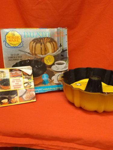 NORDIC WARE VINTAGE BUNDT CAKE PAN HARVEST 12 CUP 1970s HEAVY CAST ALUMINUM