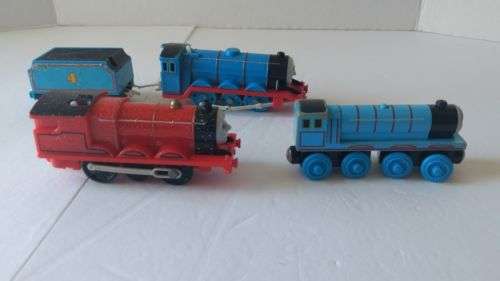 Thomas The Train & Friends 2 Gordon Trains And 1 James Lot Of 4 Trains
