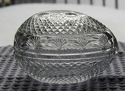 FINE VINTAGE DESIGNER TRINKET HOLDER BY AVON EGG SHAPED DIAMOND & LEAF EMBOSSED