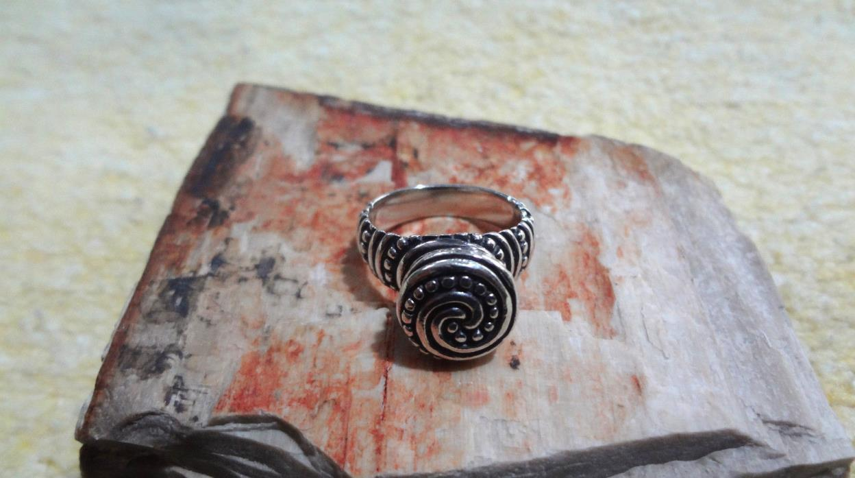 James Avery Retired 925 Sterling Silver African Beaded Swirl Ring Size 7.0