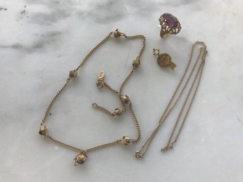 VINTAGE OLD GOLD FILLED & ASSORTED OLD JEWELRY. Wearable and For Scrap .