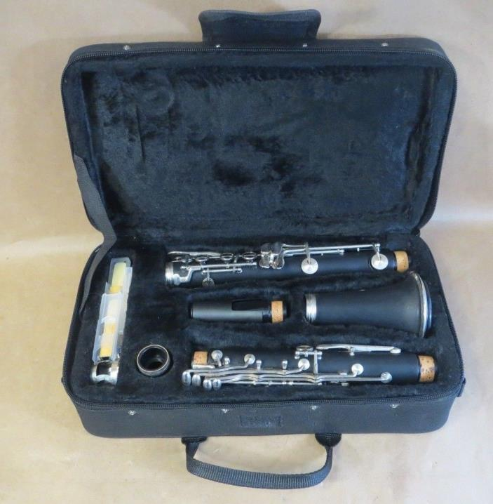 Cecilio MENDINI Clarinet With Care Kit Reeds & Black Carry Case GREAT CONDITION