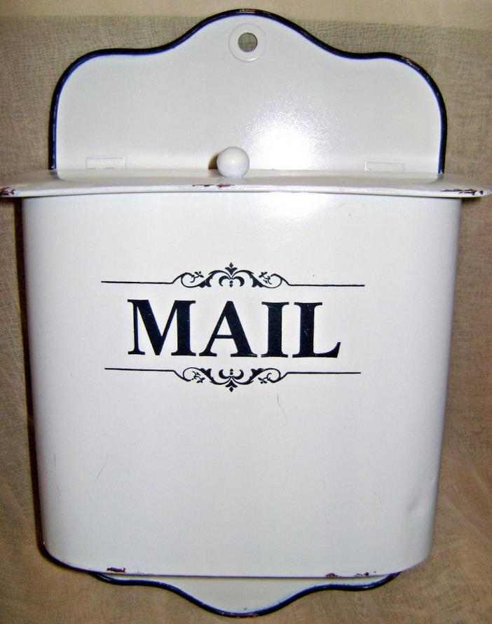 NEW DISTRESSED FARMHOUSE COTTAGE METAL LETTER HOLDER MAIL POST MAILBOX NICE!!!