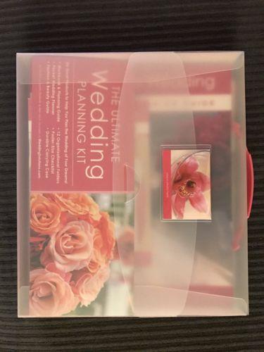 ALEX LLUCH, ELIZABETH LLUCH - The Ultimate Wedding Planning Kit