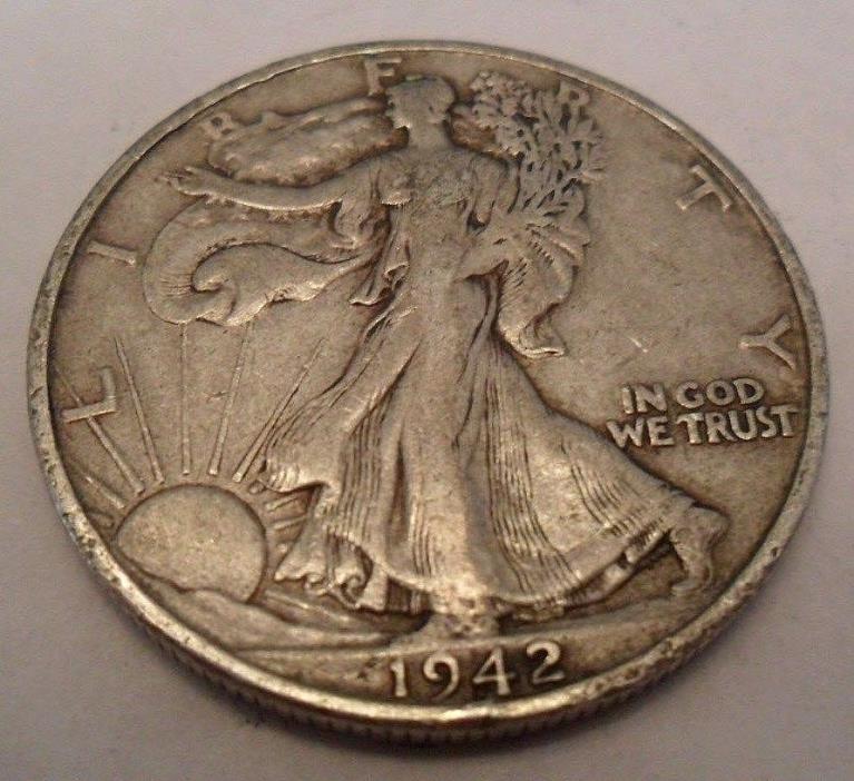 1942 S WALKING LIBERTY HALF DOLLAR  **FREE SHIPPING**
