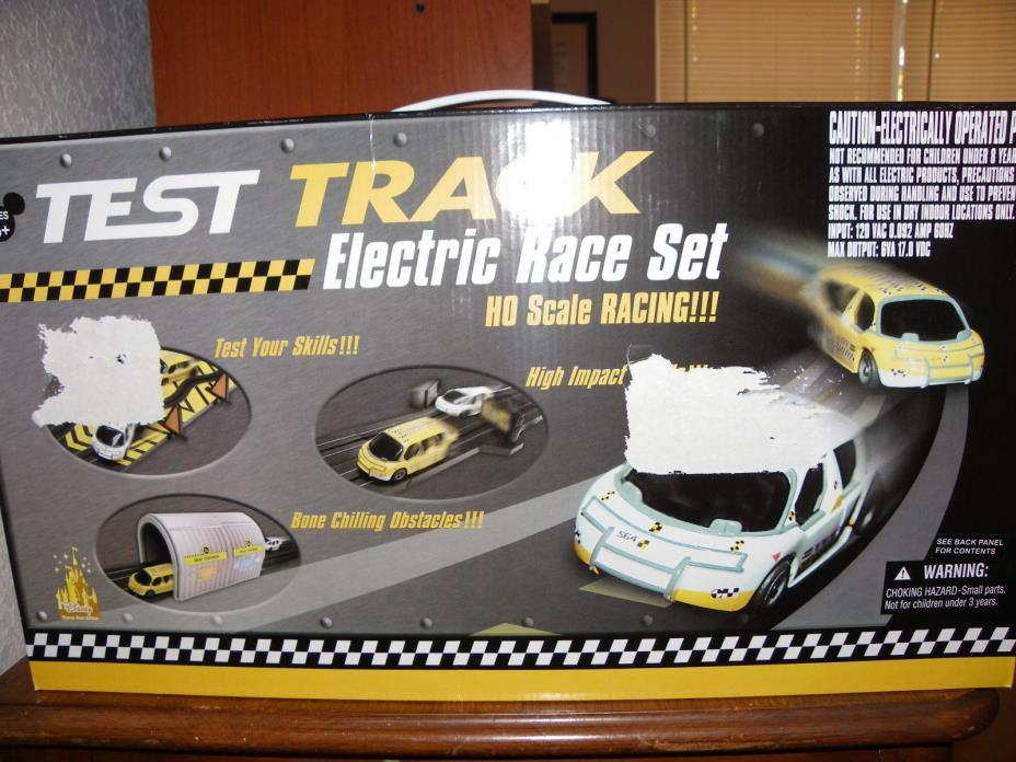 Test Track Electric Race Set  HO Scale