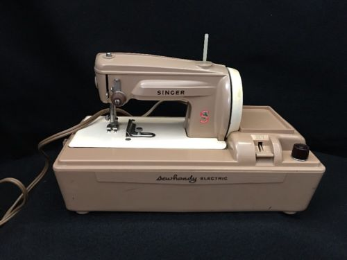 Singer Sewhandy Electric Sewing Machine. Works.   BF5-F6